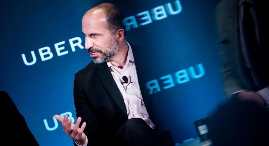 Ubers topchef Dara Khosrowshahi har tidligere udtalt, at virksomheden sigtede mod en børsnotering i år - det kommer ovenpå tidligere giganter Dropbox og Spotify allerede har ringet med børsklokken. Foto: Brendan Smialowski/ AFP PHOTO/ Scanpix