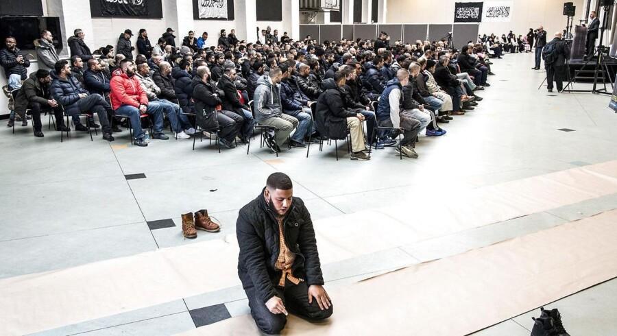 Hizb ut-Tahrir afholdt debatmøde i Nørrebrohallen oven på terrorangrebet i København, lørdag den 28. februar, 2015.