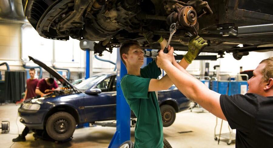 To mekanikerelever på eknisk Erhvervsskole Center i Hvidovre