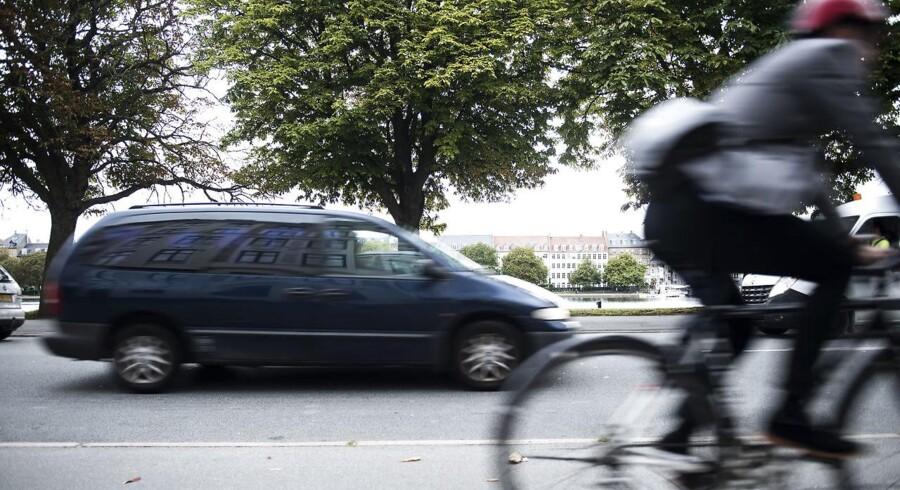 »Enhedslisten vil gøre det mere eller mindre umuligt for almindelige indbyggere i København at komme rundt i byen med bil.« Arkivfoto