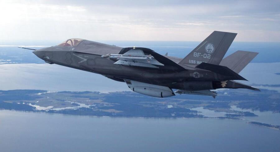 ARKIVFOTO: Et Lockheed Martin's F35 Joint Strike Fighter, F-35B testfly.
