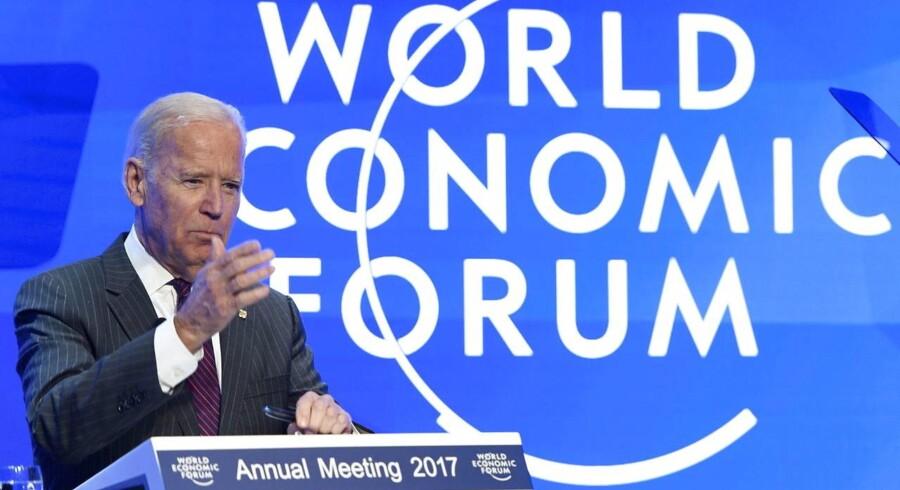Den amerikanske vicepræsident Joe Bidden taler om Cancer Moonshot initiative, som søger en kur for cancer.