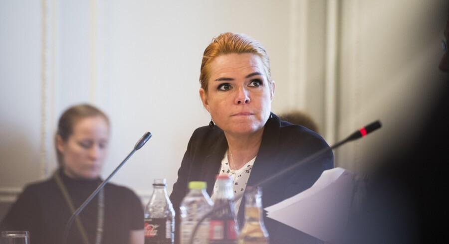 """Udlændinge- og integrationsminister Inger Støjberg vil diskutere muligheden for et nyt asylsystem med """"ligesindede europæiske partnere"""". Scanpix/Ólafur Steinar Gestsson"""