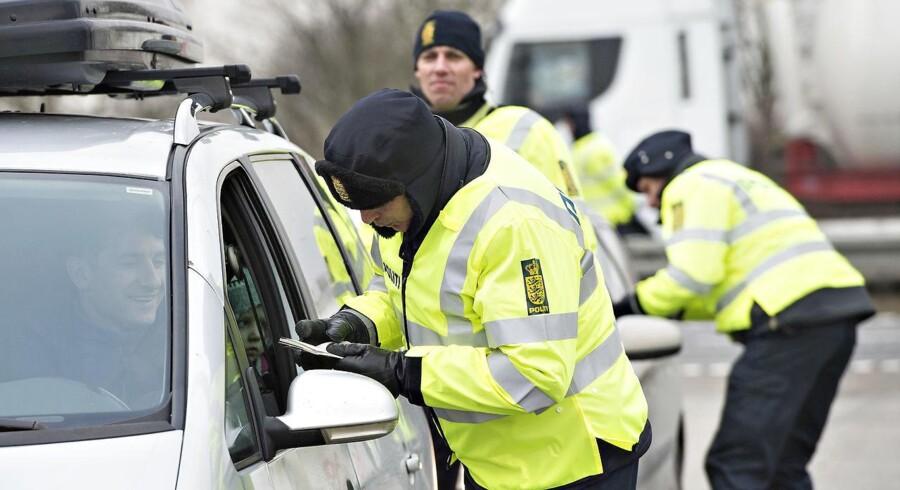 Det tager på politikredsene at sende betjente til grænsen.