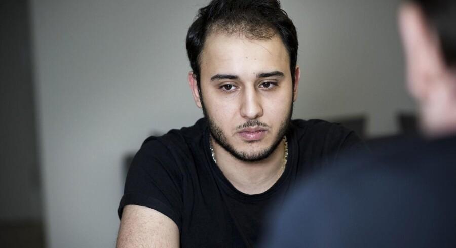 Ali Parnian satte ikke bil i flammer, men han købte den benzin, gazebind og håndsprit, der blev brugt.
