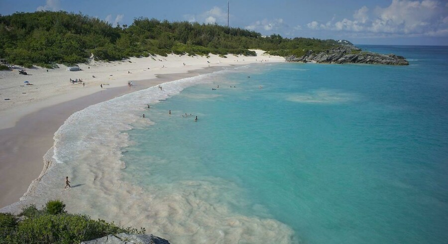 De lækkede dokumenter kaldet »Paradise Papers« har afsløret, hvordan virksomheder, forretningsfolk, politikere m.fl. har placeret penge i skattely. Dokumenterne menes at stamme fra det Bermuda-baseret advokatfirma Appleby. Billede fra Bermuda.