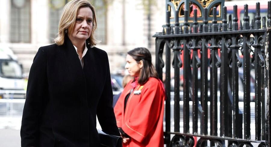 Storbritanniens indenrigsminister, Amber Rudd, ankommer til Westminster Abbey.