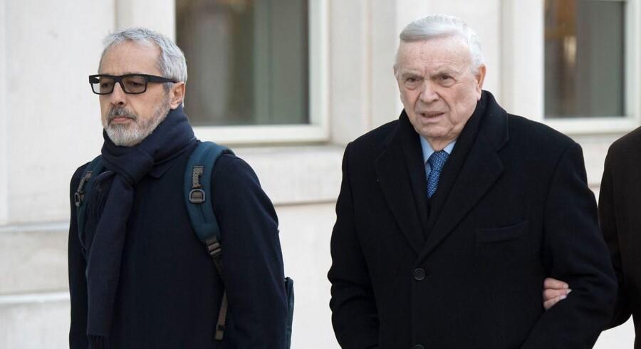 José Maria Marin (th.) var sammen med den afdøde Jorge Delhon titalte i FIFA skandalen, som i går skulle være samlet i New Yorks Federal Courthouse.