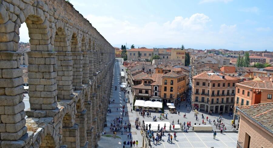 Segovias kæmpemæssige akvædukt, der blev bygget uden mørtel mellem de store byggesten.