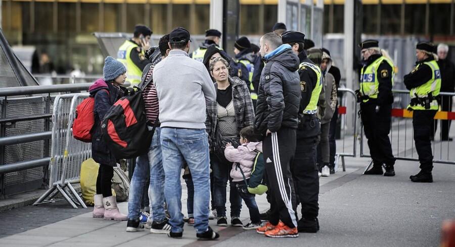 Der er ifølge politiet 21 asylansøgere, der har forsøgt at komme til Sverige via Øresundstunnellerne siden februar. 20 af dem havde på forhånd søgt asyl i Danmark, mens den enogtyvende havde søgt asyl i Sverige.