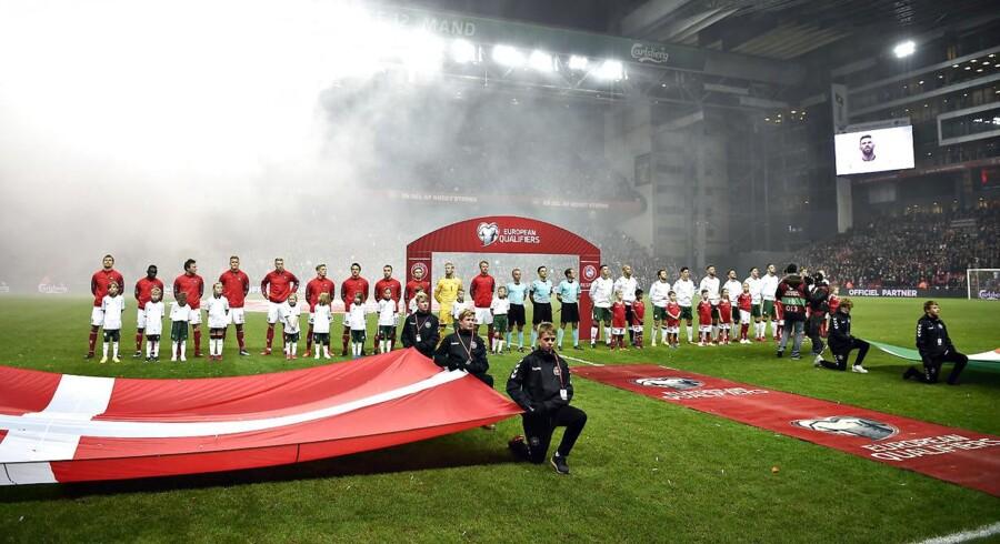1.060.000 så Danmark og Irland spille VM-playoff. Dermed blev det mest sete program nogen sinde på tv-station.