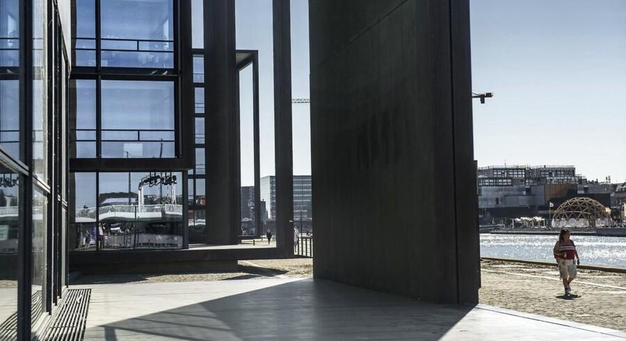 Nordeas kontorbygning i København. Onsdag d. 6. september vil Nordeas bestyrelse melde ud, om der er planer om at flytte Nordeas hovedkontor fra Stockholm - til enten Helsinki eller København. Skulle det være tilfældet at banken vil flytte, kan det have vidtrækkende konsekvenser.