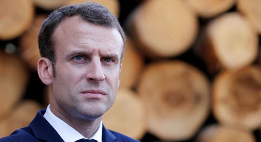 Emmanuel Macrons reformation af Frankrig fortsætter.Seneste ændring er en ny immigrationslov, der fordobler det antal dage fra myndigheder kan tilbageholde migranter, der venter på at blive udvist. REUTERS/Vincent Kessler/Pool