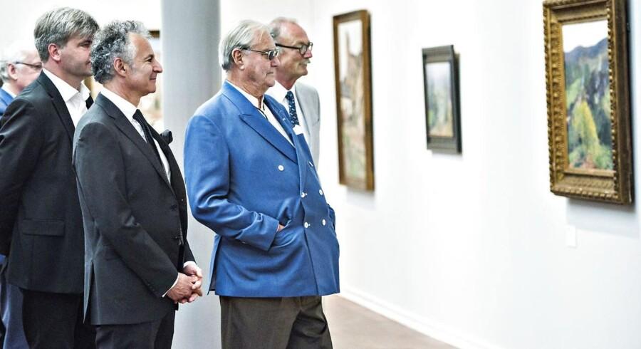 Frankrigs Ambassadør Francois Zimeray og Prins Henrik ved åbningen af Henri Martin udstillingen på Nivaagaards Malerisamling lørdag 28. maj 2016.. (Foto: Torben Christensen/Scanpix 2016)