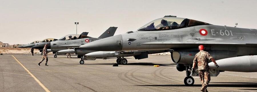 Danske F16 fly på en base i Kuwait.