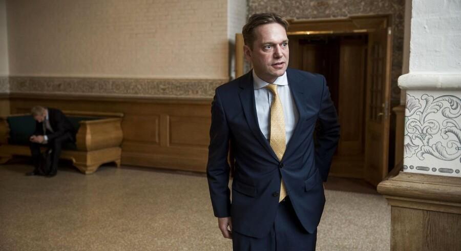 Portræt af Marcus Knuth, som stiller op til kommunalvalget i København for Venstre.