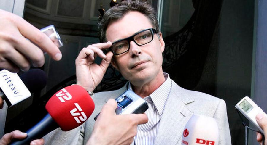 Finansmanden Klaus Riskær. Her ses han sidste sommer, efter han blev idømt seks års fængsel for bedrageri.