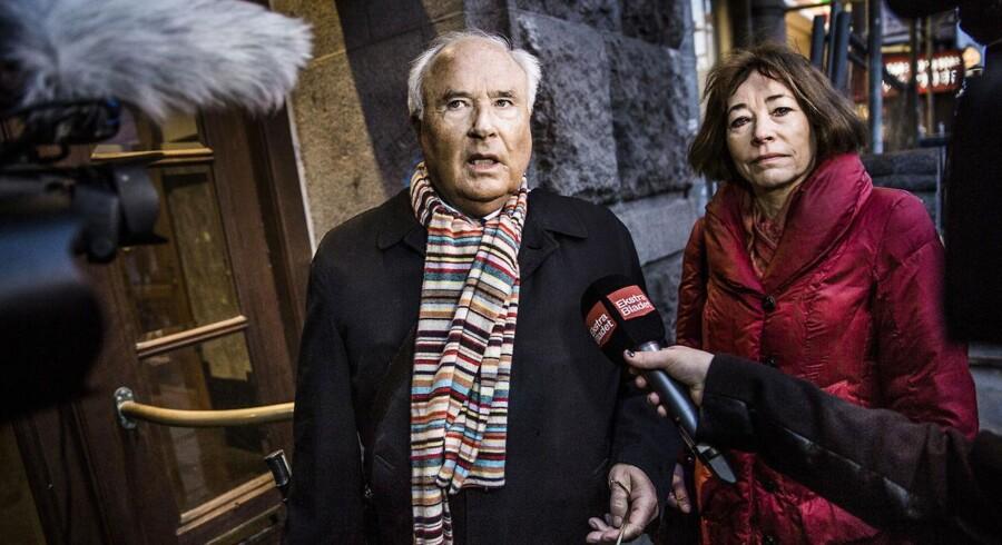 Tidligere bestyrelsesformand i Parken, Flemming Østergaard, med sin advokat, Sysette Kruse