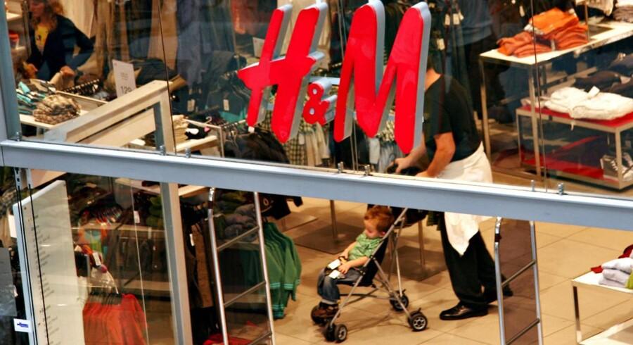 I dag kommer den svenske tøjgigant Hennes & Mauritz med tal for tredje kvartal.