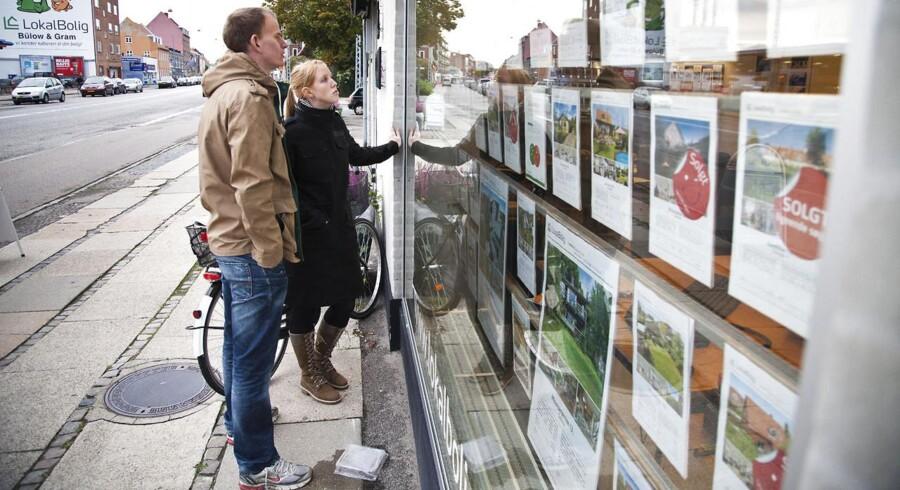 Trods stigende priser og aktivitet på boligmarkedet bliver der stadig solgt færre boliger end under krisen i 1992, viser en opgørelse fra Boligøkonomisk Videnscenter.