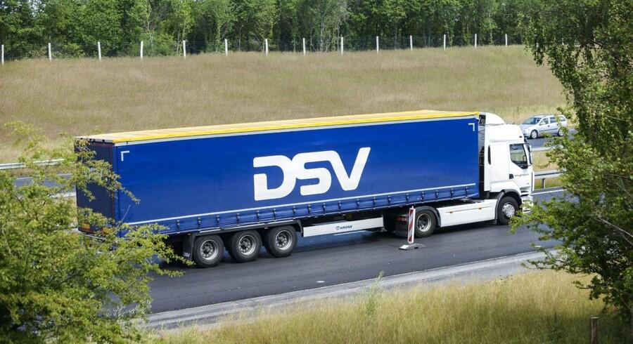 Lastbil fra DSV på Motorring 4 ved Vestskoven. (Foto: Christian Lindgren/Scanpix 2015)