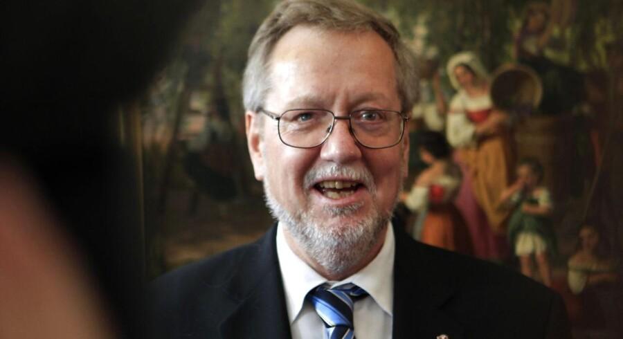Tidligere kulturminister Per Stig Møller (K) er glad for det, han ind til videre har hørt på Radio24syv.
