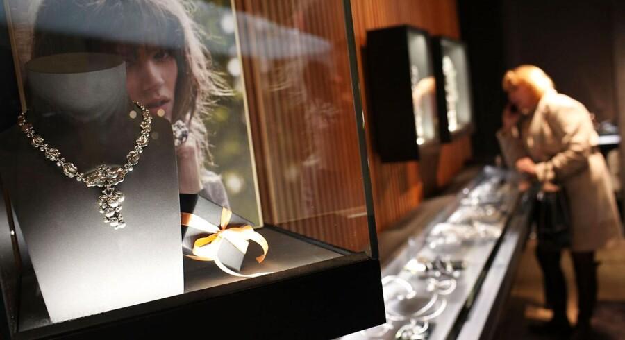 Regnskabet fra smykkeselskabet Tiffany & Co. vil give en indikation af forbrugernes appetit på smykker og dermed af markedet for danske Pandora.