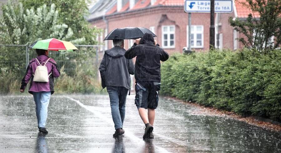 Det er ikke mere end en måned siden, at Danmark sidst blev ramt af skybrud til husejernes fortrydelse.