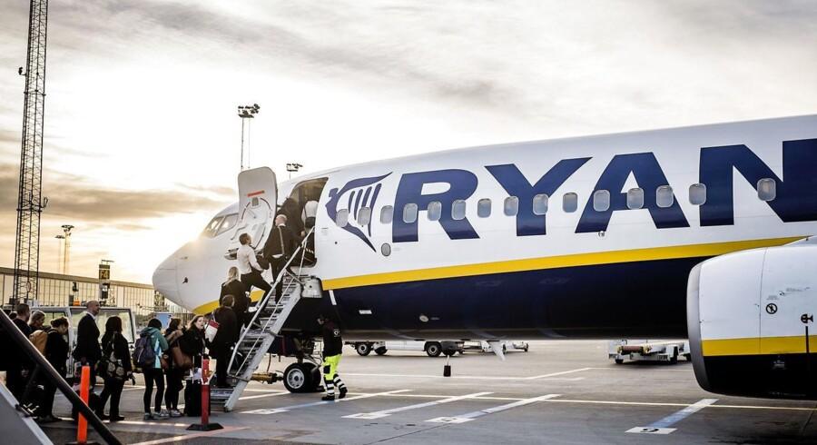 Københavns Kommune har besluttet sig for at boykotte Ryanair, men nu er det kommet frem, at kommunen selv har aktier i det irske flyselskab.