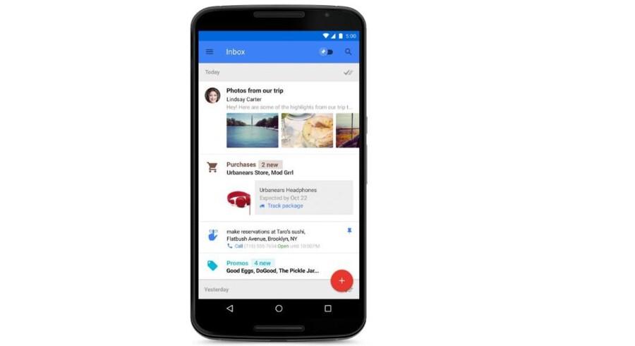 Den nye Inbox-applikation kikker ned i Gmail-indbakken og vælger de beskeder ud, som er vigtigst, så man ser dem først på mobilskærmen. Samtidig kan Inbox hente ekstra oplysninger fra nettet.