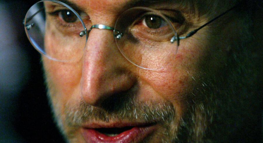 Steve Jobs liv blive skildret i tre scener i ny film, som Aaron Sorkin skriver.