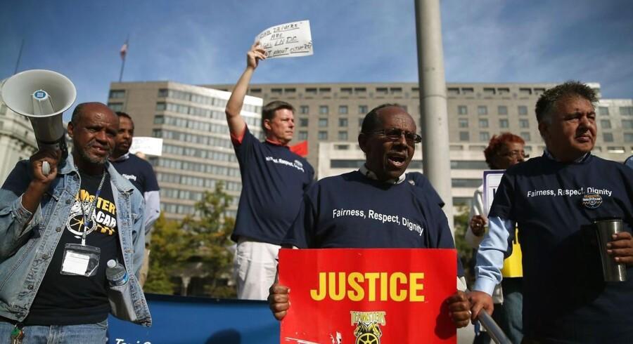 Vrede taxachauffører går sammen i protest mod Uber i Washington D.C.