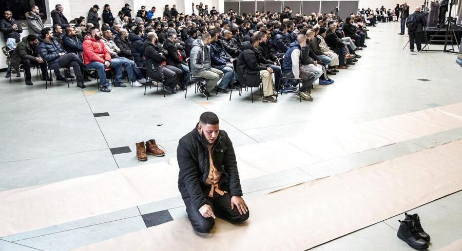 Efter terrorangrebene i februar i København afholdt organisationen Hizb ut-Tahrir et debatmøde i Nørrebrohallen om emner som sharia, terror og for eller imod demokrati.