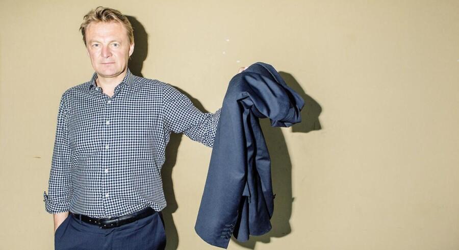 Claus Hougesen vil både passe sit job som koncernchef for hele Atea, og posten som administrerende direktør i Danmark, efter afgangen af Lars Johansson.