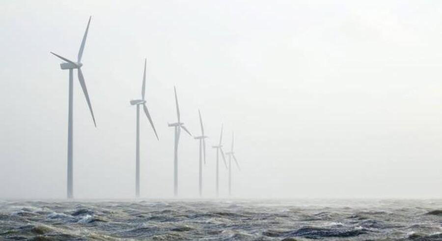 »Vi peger på, at offshore havvindmøller formentlig er det mest lovende vækstområde i Danmark i de kommende år med kæmpemæssig valutaindtjening og beskæftigelsesmuligheder til følge,« siger Anders Eldrup, formand for bestyrelsen i Offshore Center Danmark.