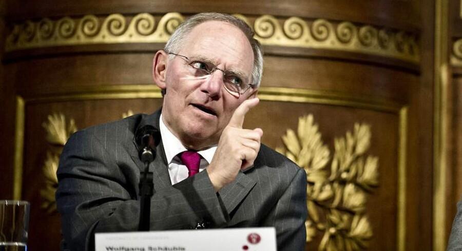Den tyske finansminister Wolfgang Schäuble mener - ligesom EU-formand Barroso - at den værste eurokrise sandsynligvis er overstået nu.