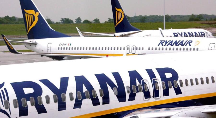 LO vil have rettens ord for, at Ryanair skal overholde danske regler, hvis de vil flyve fra København.