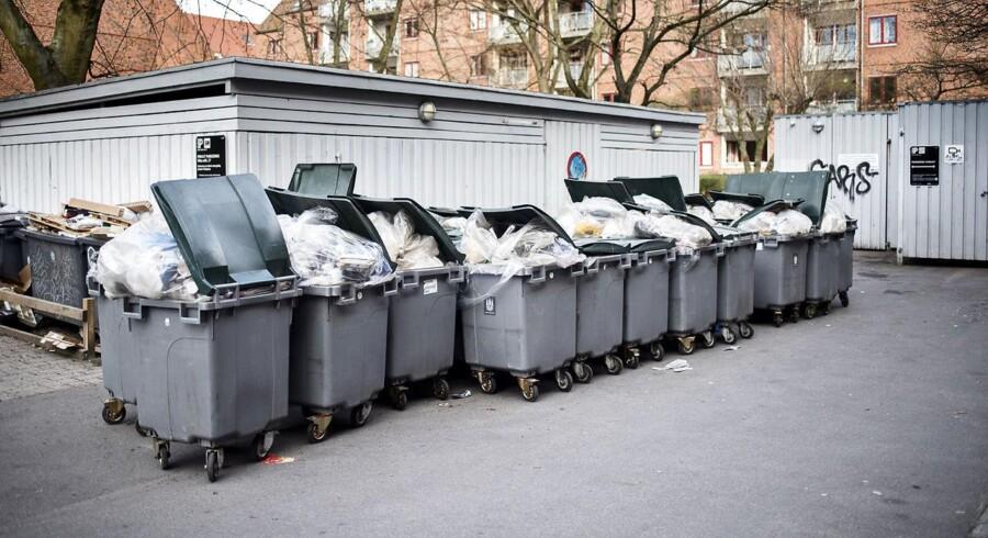 Københavns Kommunes skraldemænd strejker. Her har skraldet ophobet sig på Nørrebro.