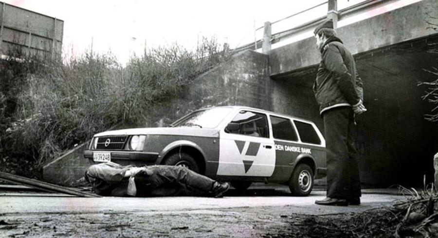Blekingegadebanden frarøvede denne bankbil for ca. 8 milioner kroner.