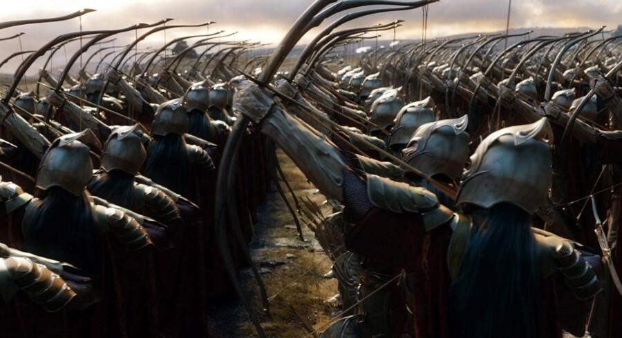 »Femhæreslaget« har for lidt egentlig historie til at bære en selvstændig film, men Sauron ta' mig om ikke dedikerede fans af Tolkien vil myldre til »Hobbitten: Femhæreslaget« iklædt deres bedste plasticbrynjer.