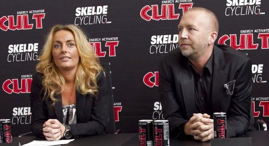Cult Energy afholder pressemøde, hvor de vil præsentere et nyt cykelhold som den populære koffeindrik står bag. Her Christa Skelde og Brian Sørensen ved pressemødet i Aarhus torsdag den 18. oktober 2012. (Foto: Kim Haugaard/Scanpix 2012)