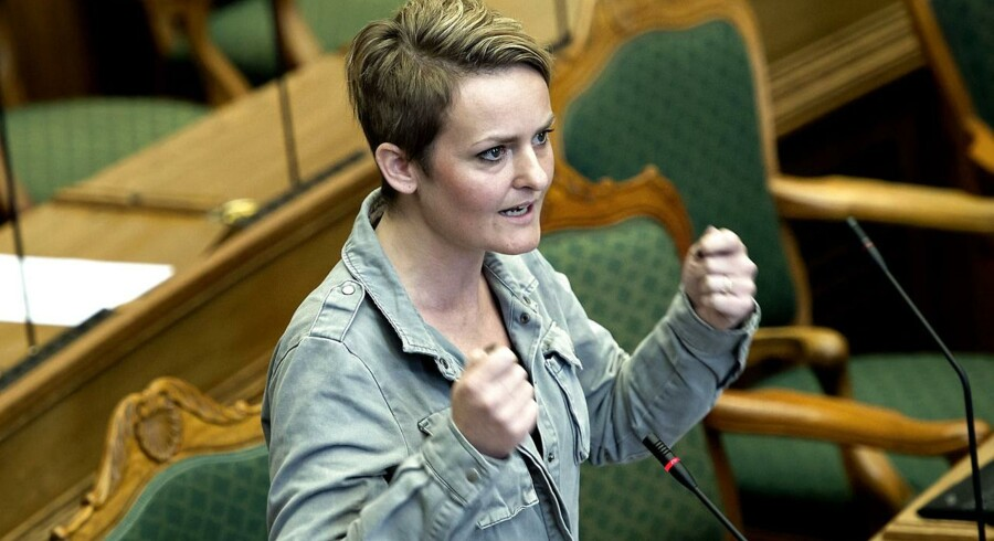 Den tidligere frontfigur for Enhedslisten, Pernille Rosenkrantz-Theil, rykker op i graderne hos Socialdemokraterne - nu som socialordfører.