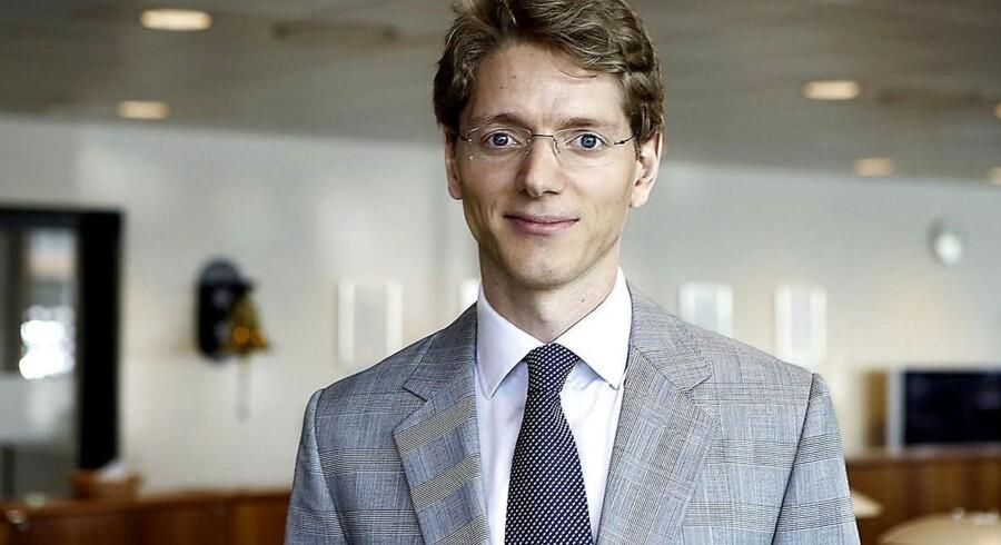 Robert Mærsk Uggla er barnebarn af Mærsk og i spidsen for det Mærsk-ejede rederi Broström.
