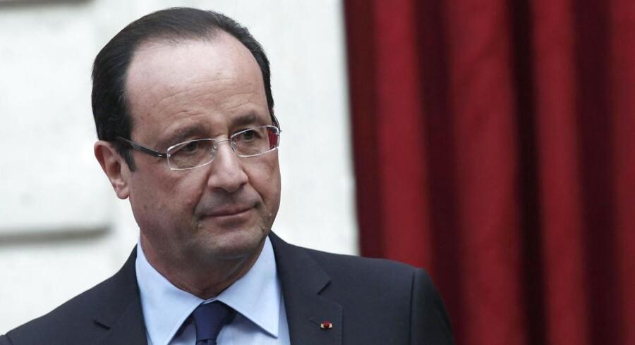 Frankrigs præsident Francois Hollande millionærskat er blevet underkendt, så nu vil regeringen finde en ny metode til at beskatte landets rigeste.