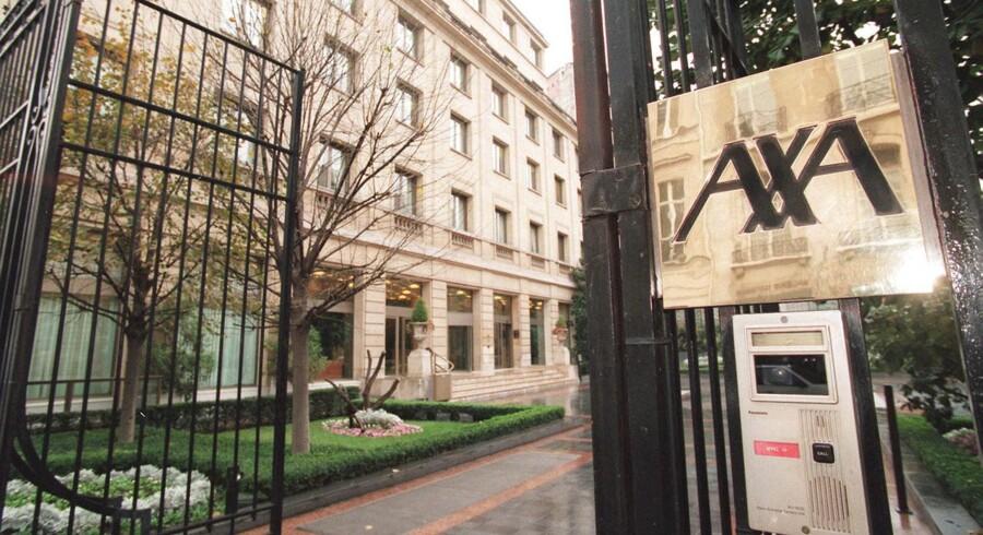 Axa kommer ud af årets første seks måneder med et plus på 3,08 mia. euro på bundlinjen, hvilket altså var fuldstændig på linje med forventningerne.