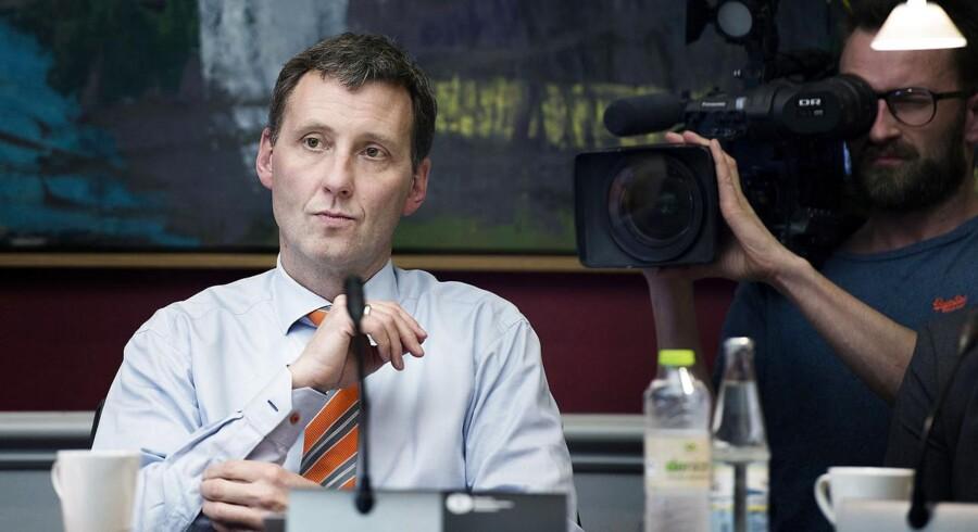 Sundhedsminister Nick Hækkerup var tirsdag i åbent samråd om de mulige bivirkninger ved den omstridte HPV-vaccine.