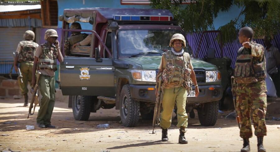 Mindst 79 personer har mistet livet ved det angreb på et kenyansk universitet, som al-Shabaab har taget ansvaret for.