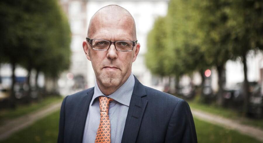 Portræt af Per Hallgren, administrerende direktør i Jeudan. Fotograferet på Sankt Annæ plads.