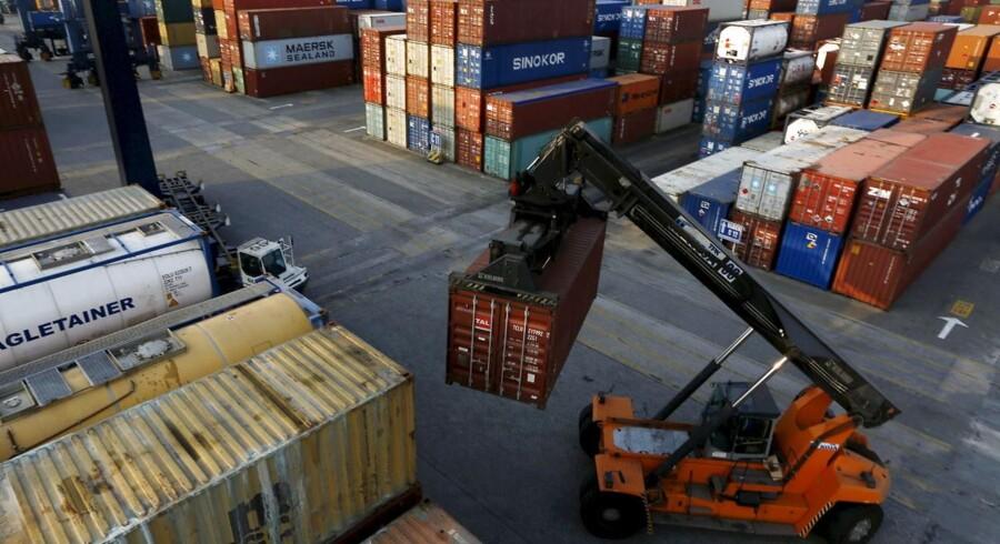 Ruten mellem Asien og Nordeuropa, som ses som den vigtigste for de store containerrederier, vægter 20 pct., mens ruten til Middelhavet vægter 10 pct.