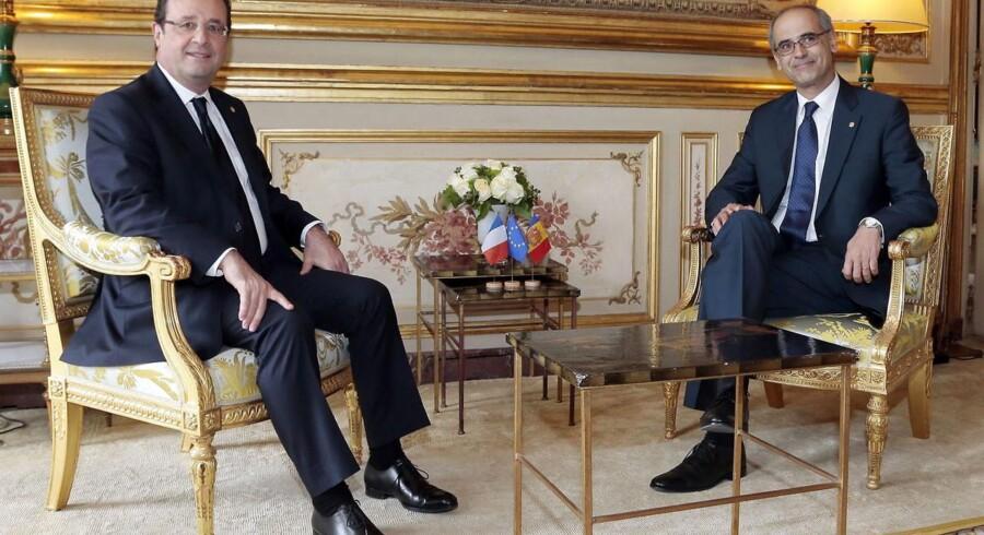 Den franske præsident Francois Hollande oplyser efter et møde med Andorras regeringsleder Antoni Marti Petit, at det lille fyrstendømme indfører indkomstskat.